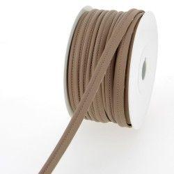 Passepoil simili cuir - marron  - 2Passepoil simili cuir 100% polyuréthane couleurmarron Largeur : 10 mm 1 unité = 0m50 ; pour
