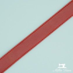Sangle simili cuir 30mm - rouge bordeaux  - 2Sangle simili cuir - rouge bordeaux 30mm de largeur 100% polyuréthane  1 unité = 0m