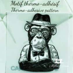 Motif thermo-adhésif singe intello  - 1Motif thermo-adhésif -singe intello Largeur : 5cm X Hauteur : 7,1cm  Vendu à l'unité