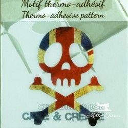 Motif thermo-adhésif tête de mort drapeau anglais  - 1Motif thermo-adhésif -tête de mort drapeau anglais Largeur : 5,1cm X Haut
