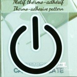 Motif thermo-adhésif Power  - 1Motif thermo-adhésif -Power Largeur : 6,3cm X Hauteur : 7cm  Vendu à l'unité