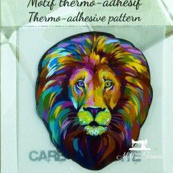 Motif thermo-adhésif Lion coloré  - 1Motif thermo-adhésif -Lion coloré Largeur : 6cm X Hauteur : 7cm  Vendu à l'unité