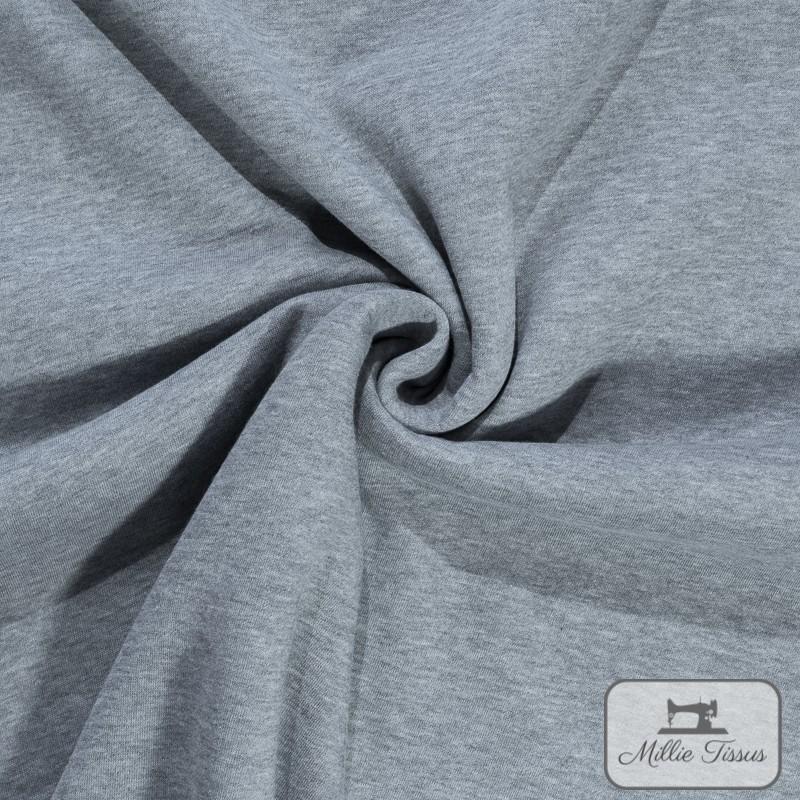 Tissu sweat uni X10cm - gris  - 1Tissusweat molletonné -gris envers blanc 70% coton , 30% polyester Laize d'1m40 Le tissu est