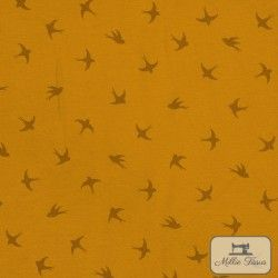 Tissu jersey Hirondelles X10cm - Moutarde  - 1Tissu jerseyHirondelles -Moutarde 95% coton 5% élasthanne Laize d'1m40 Raccord: