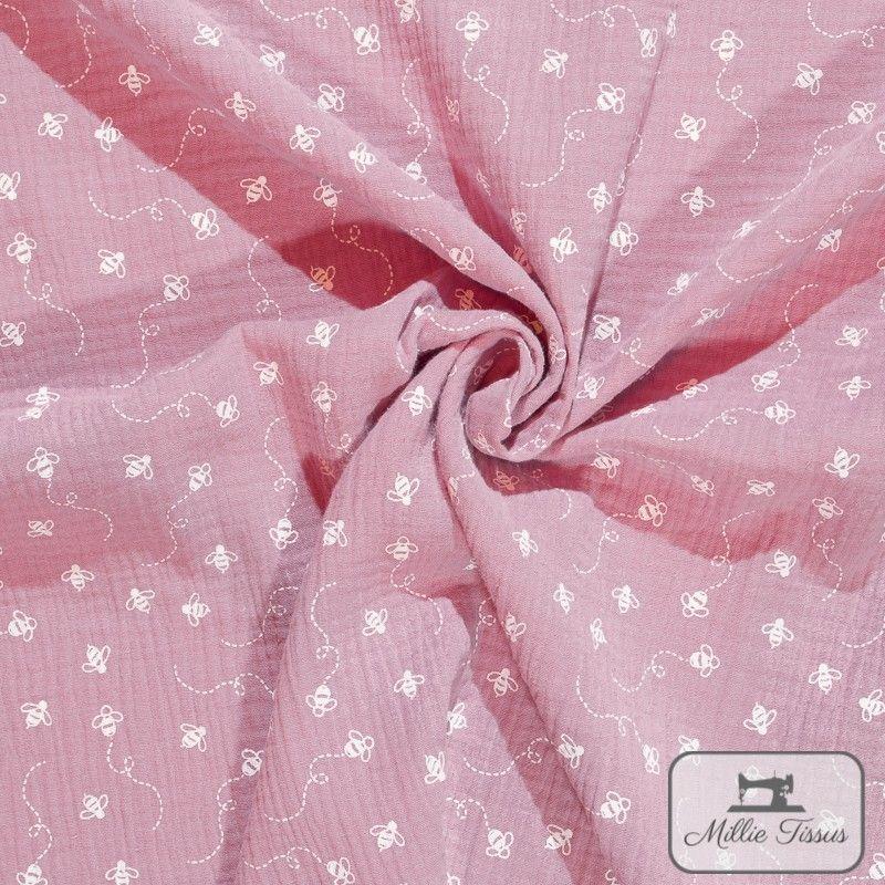 Tissu Double gaze coton abeilles X10cm - rose  - 1Double Gaze abeilles -rose 100%coton Raccord : 10cm Laize d'1m35 Le tissu es