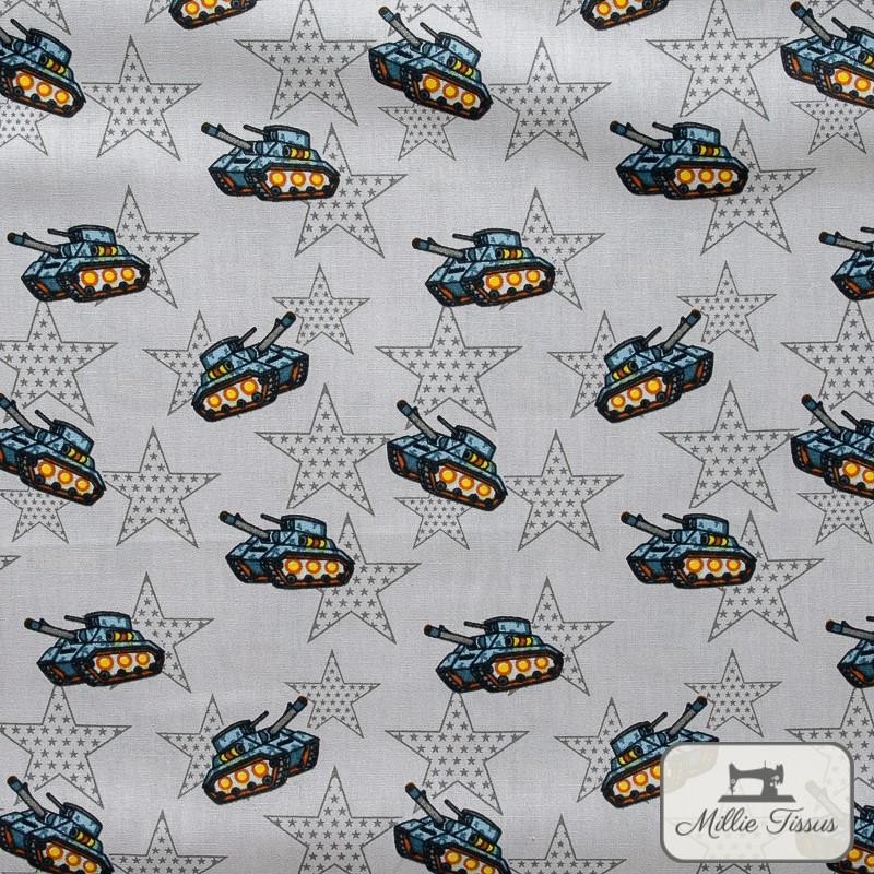 Tissu popeline Chars x10cm - Gris  - 1Tissu popelinechars - gris 100% coton Certifié Oeko-Tex Hauteur motif :environ 2,5 cm -