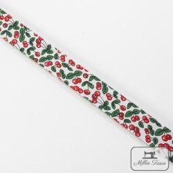 Biais motif fruits - cerise  - 8Biaisfantaisie fruits -cerise 100% coton Largeur : 20 mm  1 unité = 0m50 ; pour plusieurs long
