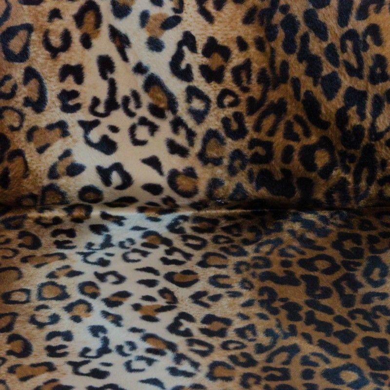 Tissu velours ras animal X10cm - léopard  - 1Tissuvelours ras -léopard100% polyesterLaize d'1m47Le tissu est vendu par multip